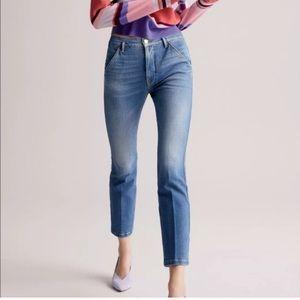 Frame Le Slender Straight Leg Jeans in Thistle